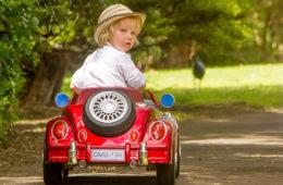 รถเด็กเล่นไฟฟ้า